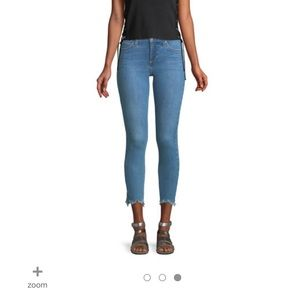 Joe's Jeans Icon mid rise chewed hem crop 25